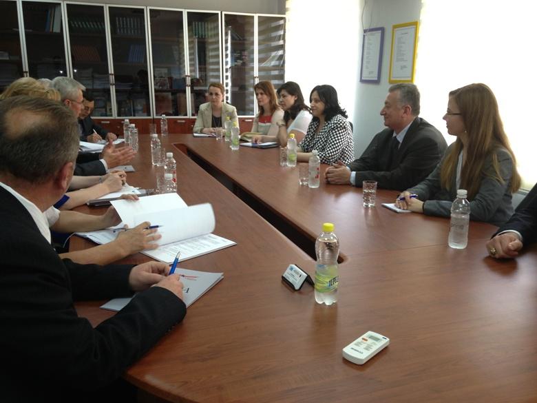 2 Maj 2013. Komisioneri për Mbrojtjen nga Diskriminimi, pret Avokatin e Popullit të Kosovës.