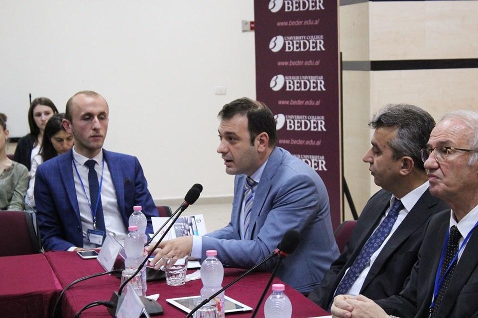 """Komisioneri Gajda në konferencën """"Studimet gjinore, Ligji, Media dhe Shoqëria"""""""