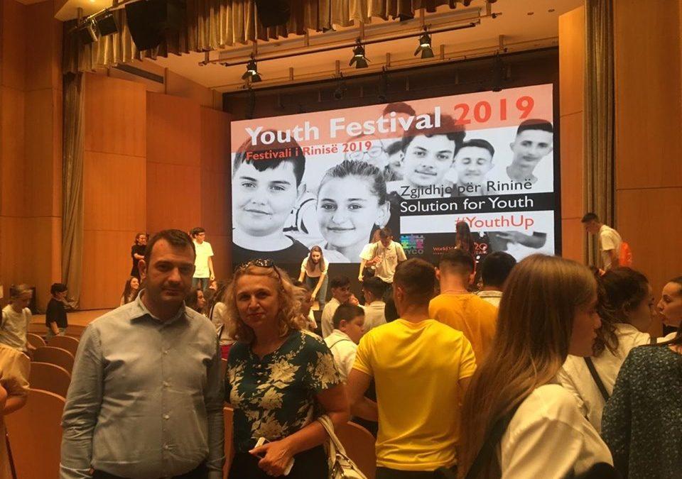 Komisioneri Dr. Gajda në Festivalin e Rinisë